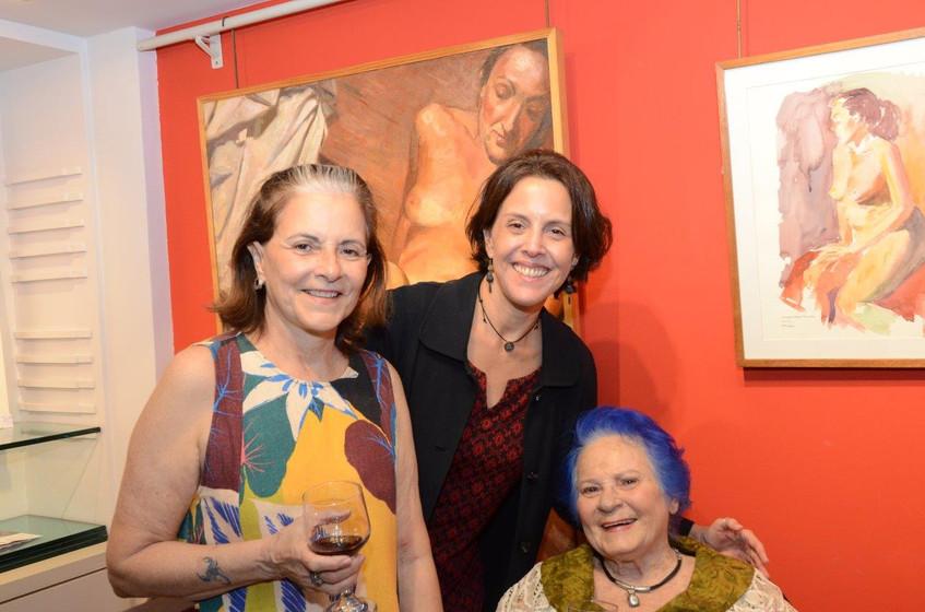 Rosana Oliveira, Laura Carneiro e Moema