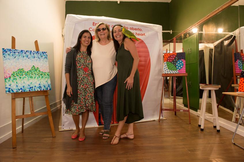 Claudia Fulchignoni com Cristina e Pat e