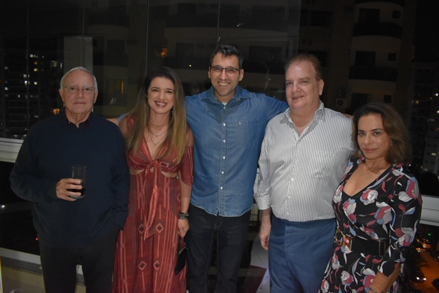 Fernando Tostes ,Giselle Pontes ,Peterso