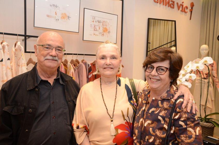 Adriano Mangiavacchi, Martha Lopes Ponte