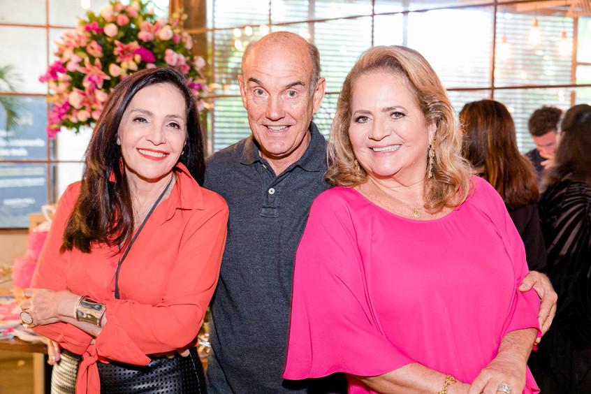 Liliane Rodrigues, Paulo e Renata Fraga_