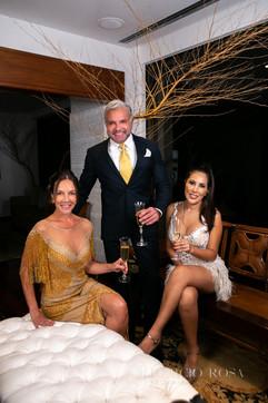 Adriana e Enzo Rivera, Karen Vasquez