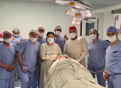 Dra.Karen, Dr. Enzo Rivera e colegas na Bolívia