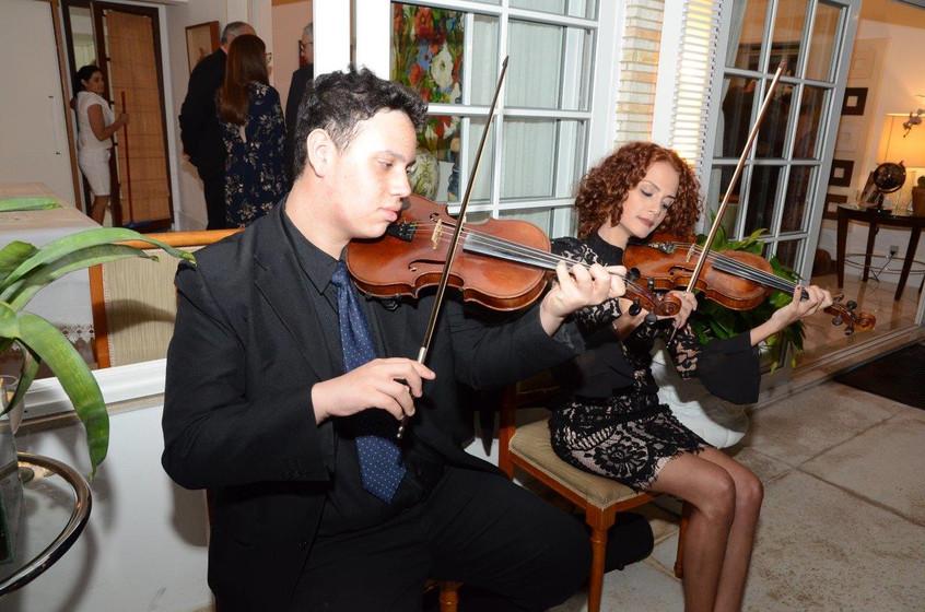 Lucas e Renata Moza