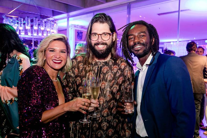 Juliana Santos, Thomaz Azulay e Jonathan