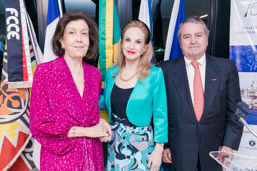 Diana MAcedo Soares entre Stelio e Maria