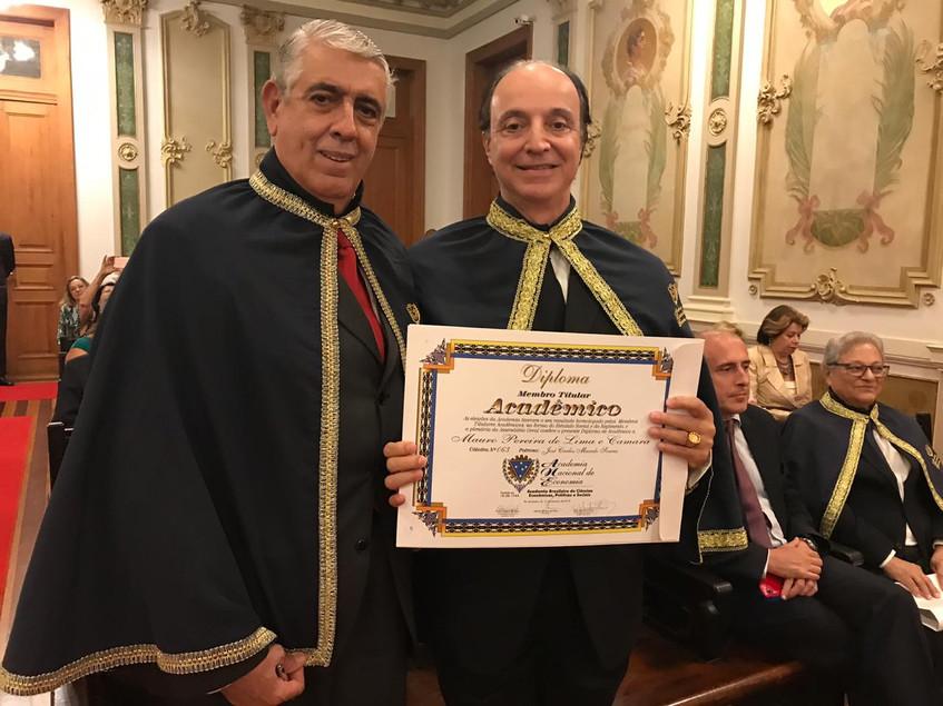 Roberto Patrício Barroso e Mauro Pereira de Lima Câmara