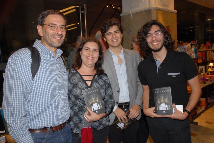 Urias, Bete, Filipe e Tiago Noves