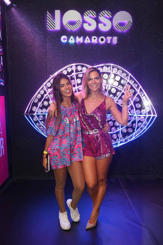 Mc Gabi e Carol Sampaio 6059