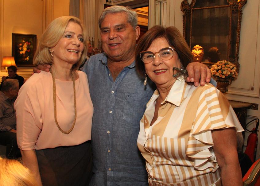 Maria Cavalheiro, Renato e Lurdinha Abre