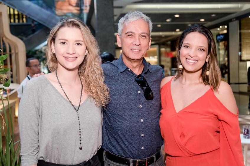 Mariana Vasconcellos Carlos Milnes e Adi