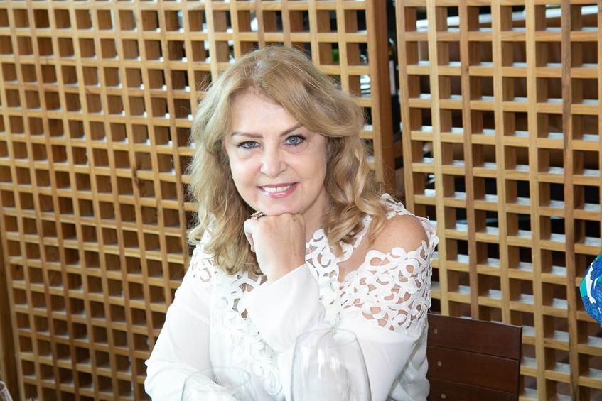 Inez Costa-1