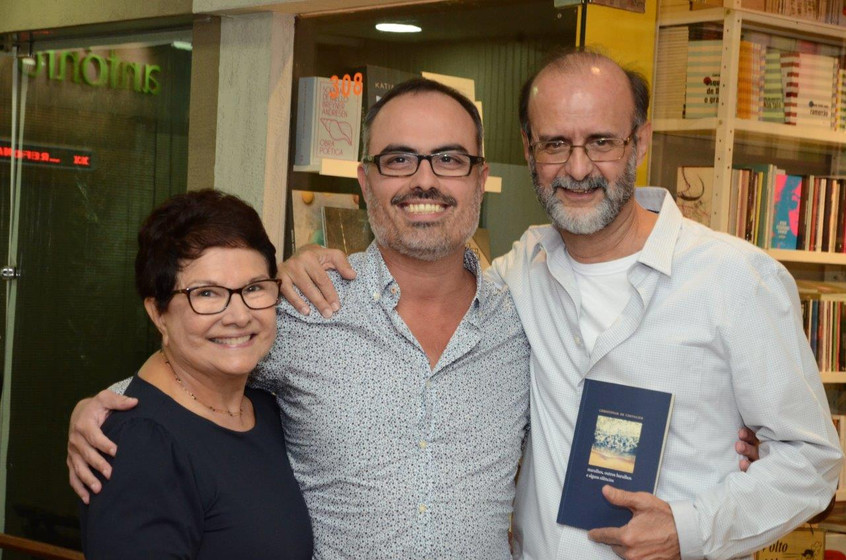 Edvane Cabral e Francisco Azevedo cercan
