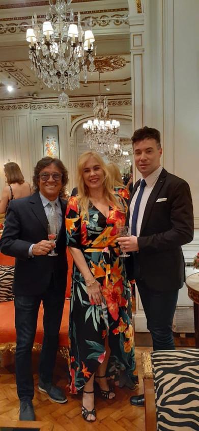 Junior, Marisa e Thiago de Menezes