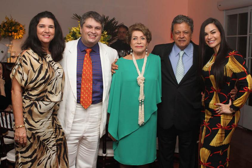 JOANA MARIA TEIXEIRA, CLAUDIO CASTRO,IVO