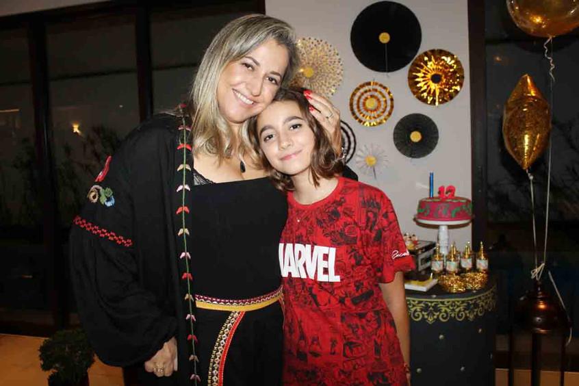 Mãe_e_Filha,_Margareti_e_Valen_Oliveira.