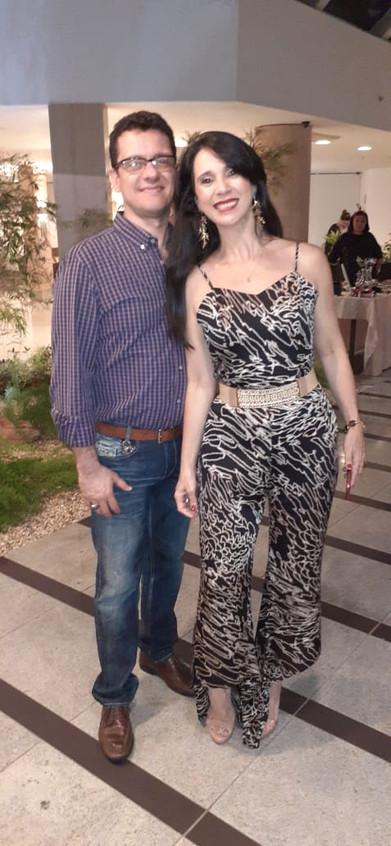 Simone Aguiar e marido