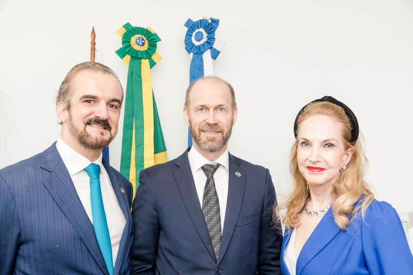 Sergio Chamone, Jouko Leinonen e Diana M