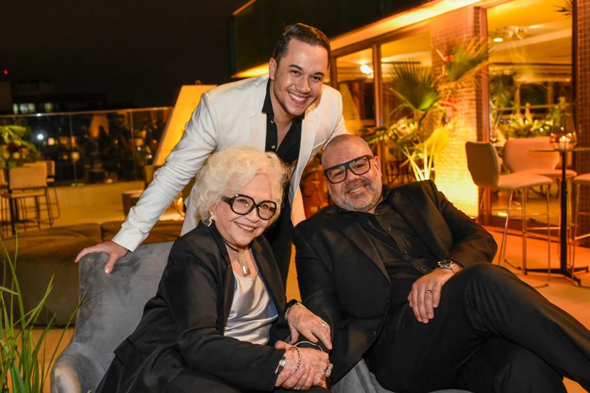 Nathalia Timberg, Vinicius Belo e Marcus