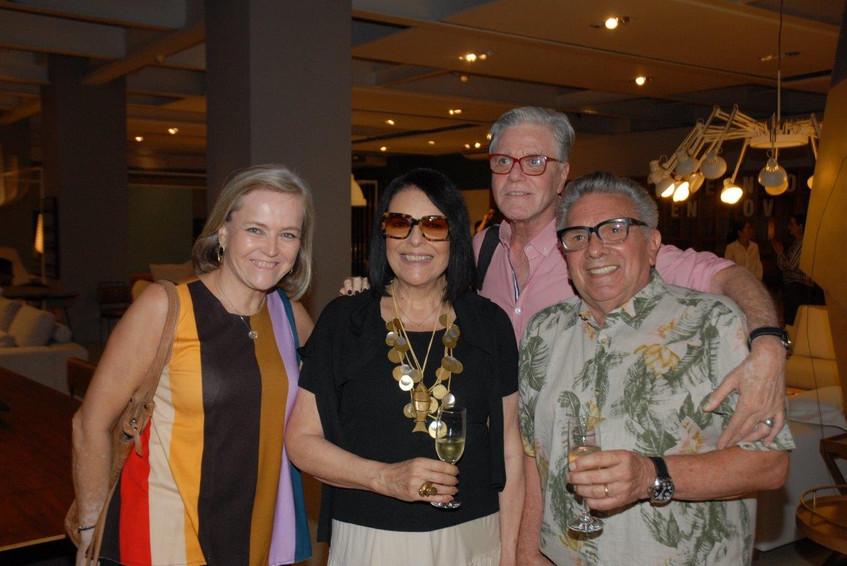 Rosa Prado, Carla Robertio, Claudio Loba