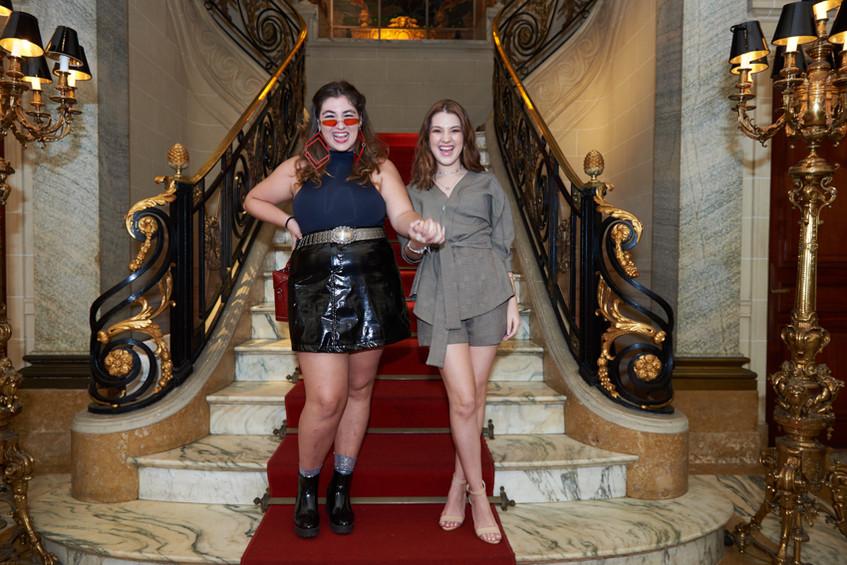 Dora Freind & Jennifer Oliveira Foto Sel
