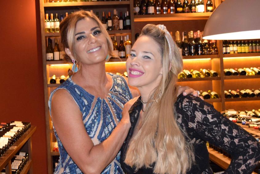 Cláudia_Suassuna_e_Paula_Glaciane