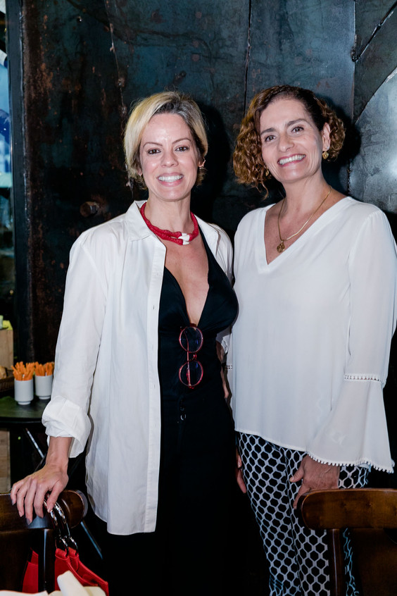 Flavia Beiriz e Patricia Pellegrini -_1T