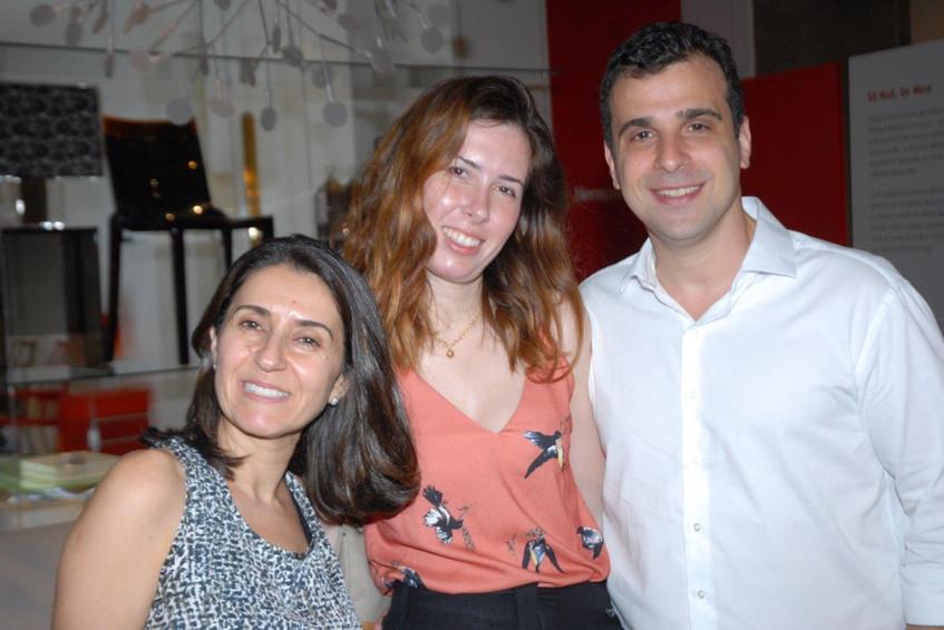Cintia Milon, Livia Araujo e Paulo Crosm