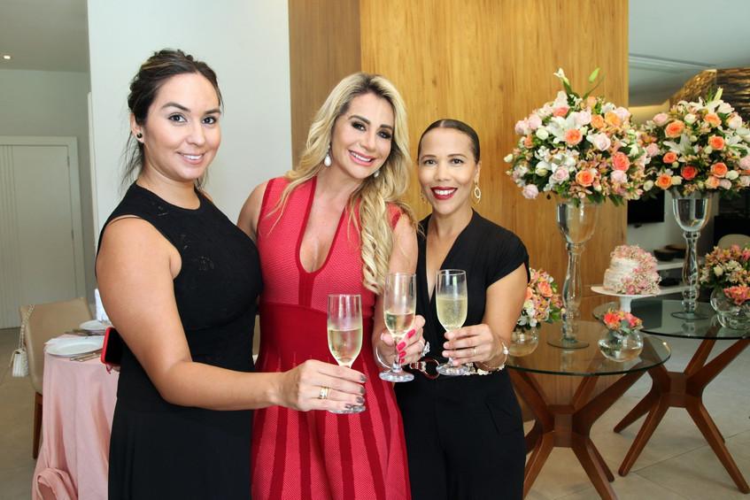 IMG_4062-Andrea Guzman, Ana Marquito e L