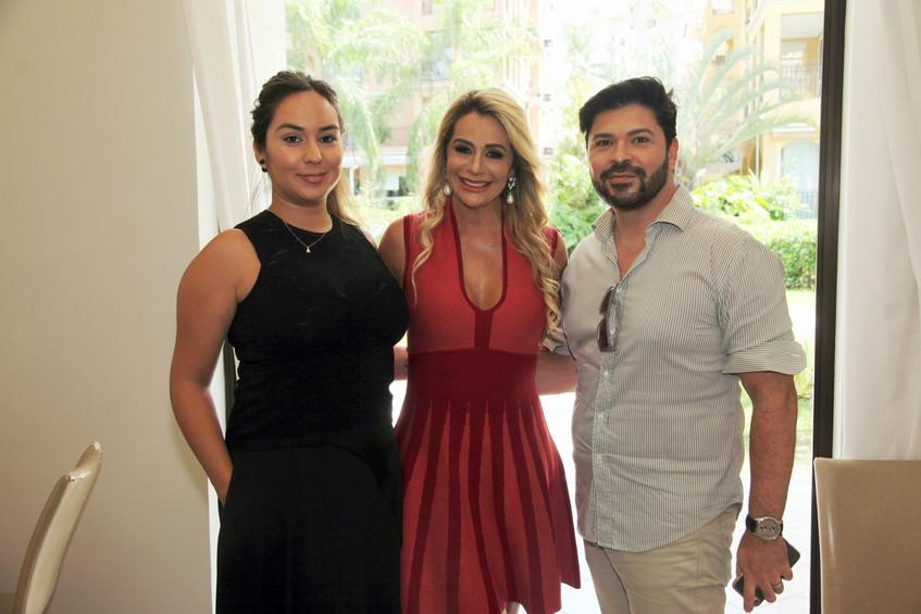IMG_3929-Andrea Guzman, Ana Marquito e T
