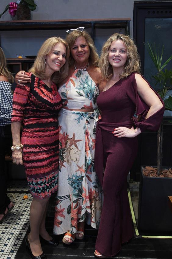 346Q2618-Ana de Paula, Fofy Luz e Shirle