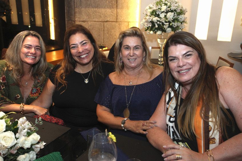 IMG_9592-Nilza Cipriano, Claudia Cury, T