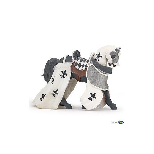 Cavallo con drappeggio bianco