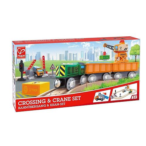 Treno: Ferrovia con passaggio a livello e gru