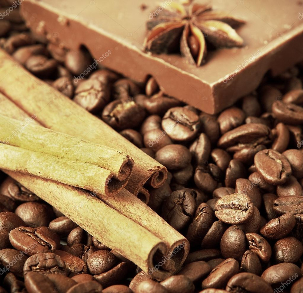coffeebeans and cinnamon sticks