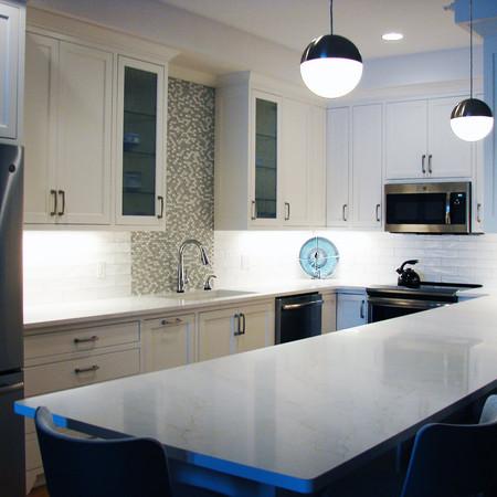 small kitchen 4.jpg