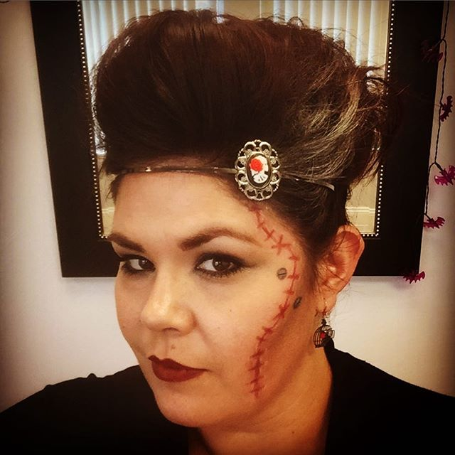 Day one of my week of Halloween!! Today's look is the #brideoffrankenstein #halloween #halloweenmake
