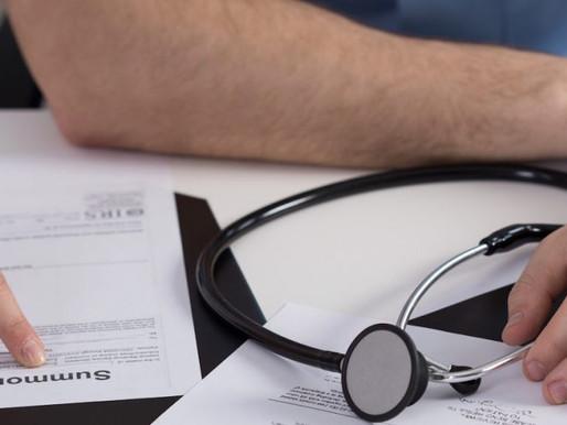 Revisão de auxílio-doença para profissionais da área da saúde, com mais de uma atividade remunerada.
