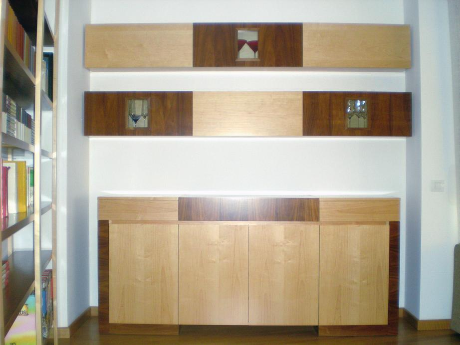 Conjunto comedor de nogal y maple