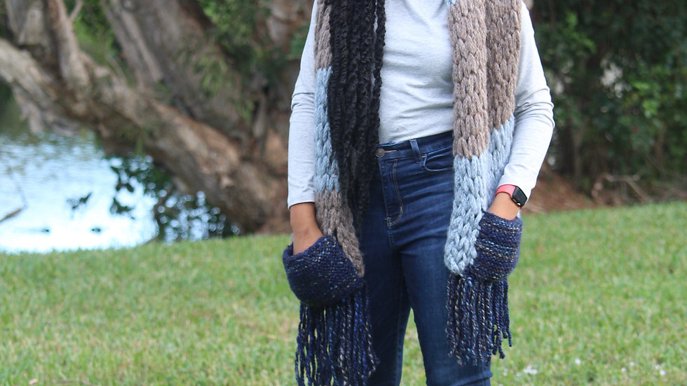 Pocketed Scarf