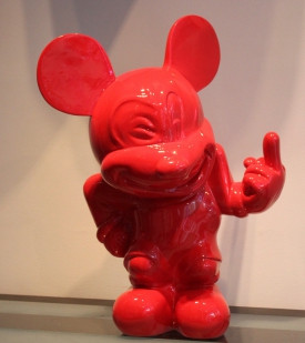 Go make you Mickey Red
