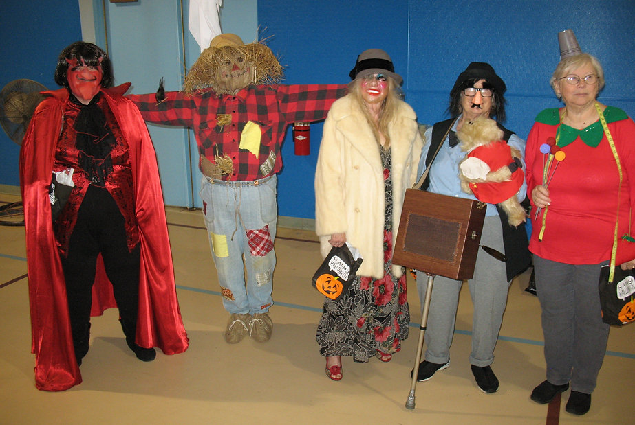 2019-10-31 44 costume winners.JPG