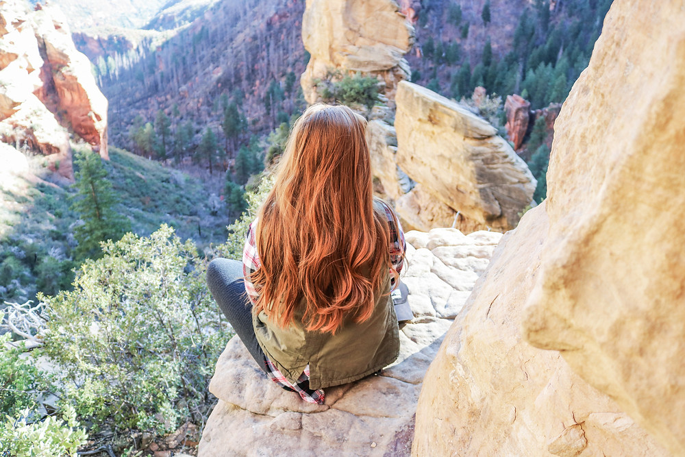 jessica baker glass staircase founder takes digital detox in scenic mountains of sedona arizona