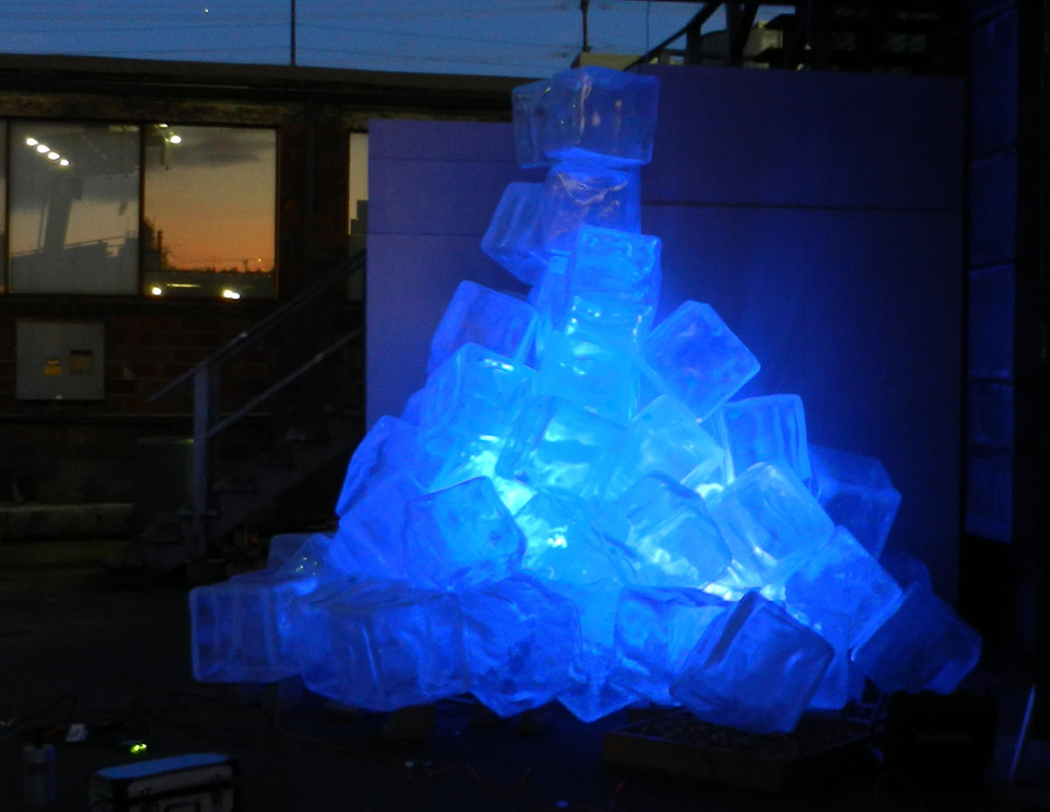 Just(Ice) - Detail with light