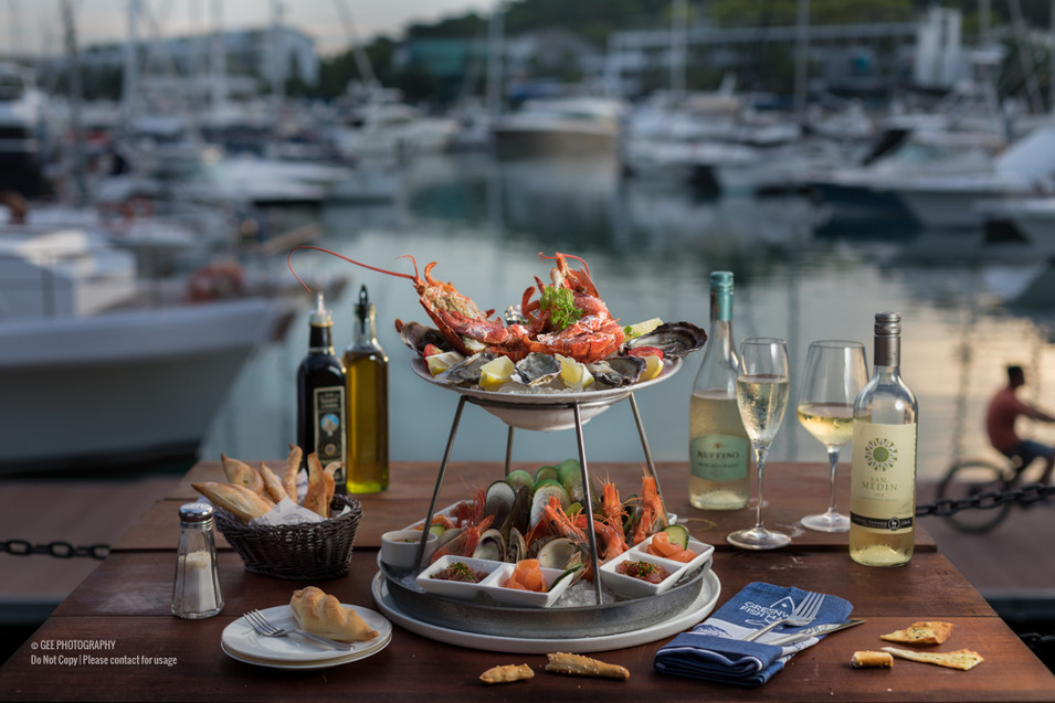 Seafood platter food photography by Gee Photography