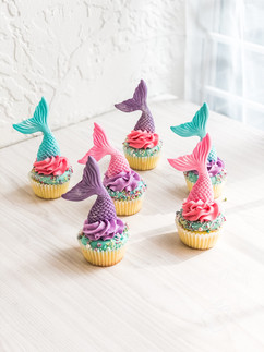 Mermaid tails themed cupcakes
