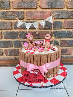 Teddy bears picnic cake- first birthday cake- picnic themed cake