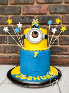 Mini minion cake- despicable me cake