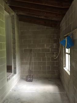 Masterbathroom2before