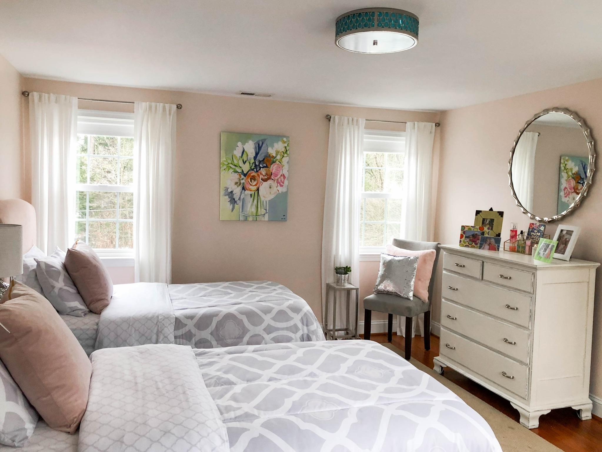 Megan's Room - INTERIOR DESIGN